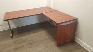 2 brand new corner desks for Sale in Miami, FL