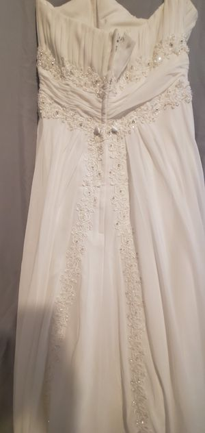 David's bridal wedding dress size 6 for Sale in Los Angeles, CA