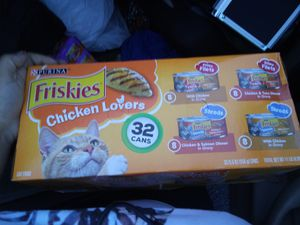 **BUNDLE** FRISKIES CANNED CATFOOD for Sale in Auburn, WA