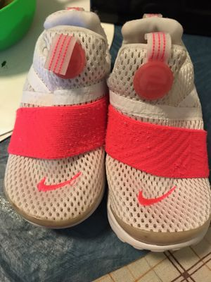 Nike's selling for 45 only for Sale in Fort Myers, FL