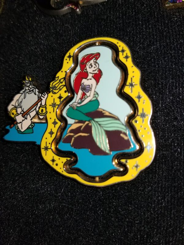 DISNEY AUTHENTIC THE LITTLE MERMAID DOUBLE SIDEDPIN