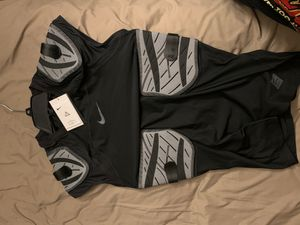Nike hyperstrong padded compression shirt for Sale in Palm Harbor, FL