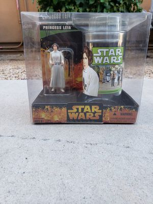 Star wars princess leia action figure and cup collectable for Sale in Scottsdale, AZ
