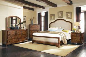 4PC QUEEN BEDROOM SET: QUEEN BED FRAME, DRESSER, MIRROR, NIGHTSTAND for Sale in North Highlands, CA