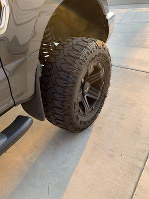 37/13.5R20 8x170 super duty wheels for Sale in Menifee, CA