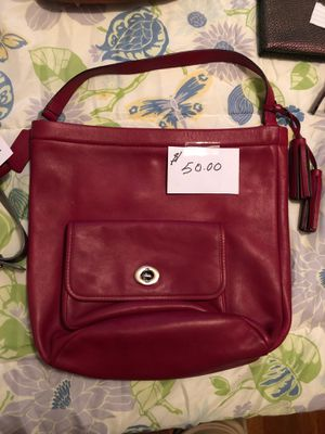 Coach Purse with matching wallet for Sale in Portsmouth, VA