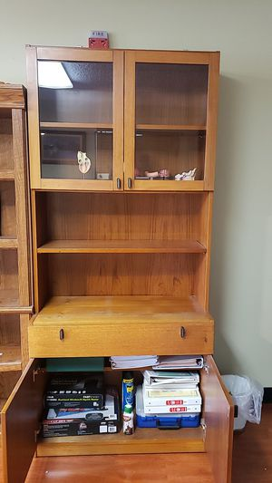 Bookshelves with drawers. 36 inches wide x 79 inches height x 17 deep for Sale in Garden Grove, CA