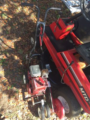 MTD Tractor riding lawnmower and edger for Sale in Riverview, FL
