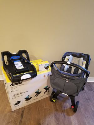 Doona car seat / stroller for Sale in Federal Way, WA