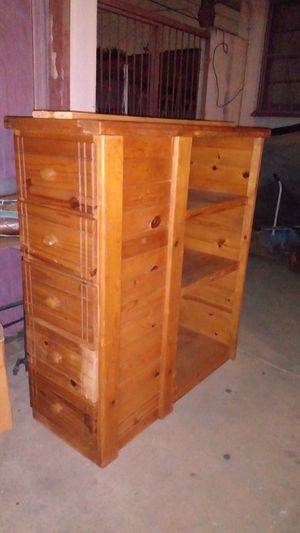 Book case with drawers for Sale in South Gate, CA