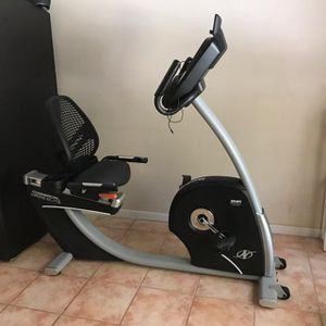 Nordictrack Commercial VR 25 Elite interactive personal training Elliptical for Sale in Valrico, FL