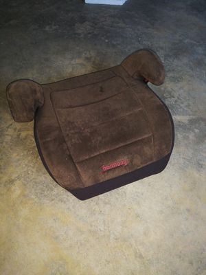 Car booster seat for Sale in Pevely, MO