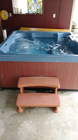 5 Person Hot Tub for Sale in Olympia, WA