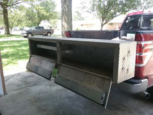 Truck box for Sale in Parma Heights, OH