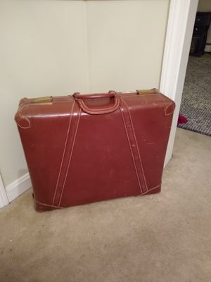 Vintage genuine leather suitcase for Sale in Sterling, MA