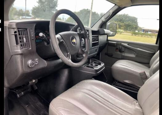 2010 CHEVROLET EXPRESS 2500 CARGO 🔸 Clean Title Leather🔸 Cold Units A/C. ⭐ HABLAMOS ESPAÑOL ⭐
