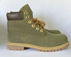 Timberland Boots, Green Suede with Gum bottom GS size 6.5 for Sale in San Jose, CA