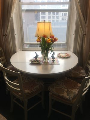 Pottery Barn Shayne Drop Leaf Table & Isabella Dining Chairs for Sale in New York, NY