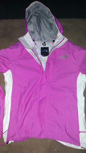 The north face rain women jacket for Sale in Silver Spring, MD