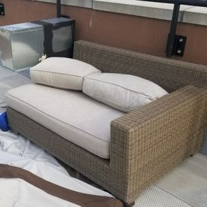 Sofa/Patio Furniture Piece for Sale in The Bronx, NY