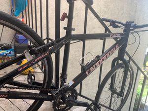 Cannondale F400 bike (PLUS LOCKS & ACCESSORIES) for Sale in Fremont, CA