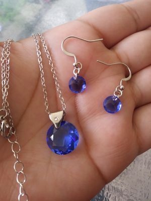 Blue swavorski solid gemstone necklace and matching earrings jewelry set for Sale in Spring, TX