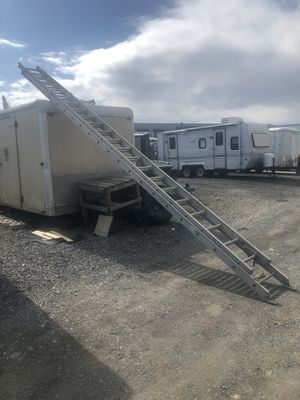 40ft ladder!! Works well, like new! for Sale in Darnestown, MD