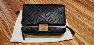 Fendi shoulder bag and belt bag in one for Sale in Orange, CA