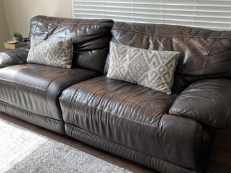 Brown Leather Reclining Couch for Sale in Fort Lauderdale,  FL