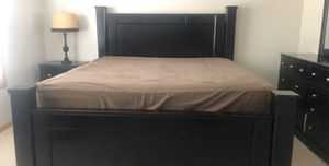 King size Bedroom Set for Sale in North Oaks, MN