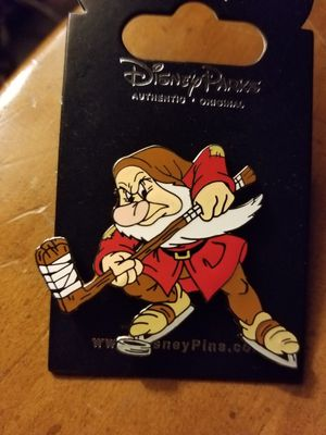 Disney GRUMPY DLR HOCKEY PIN for Sale in Beaumont, CA