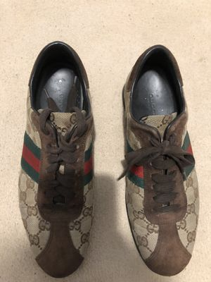 Authentic Women's Gucci Sneakers for Sale in The Bronx, NY