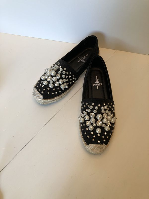 I JK London LOAFERS . Shoes . New. Size 71/2