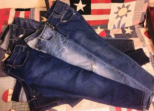 SZ 14R MACY'S-OLD NAVY -JEANS for Sale in Fresno, CA
