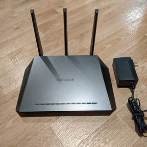 Fast Netgear R6700 - Nighthawk AC1750 WiFi Router for Sale in Seattle, WA