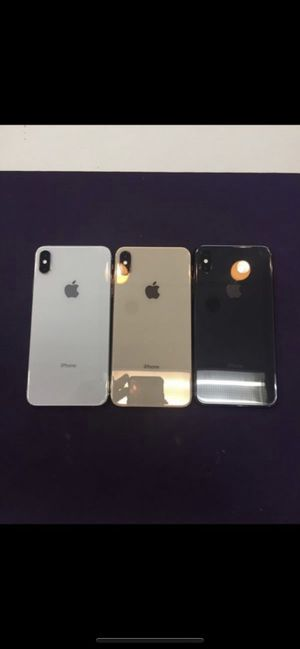 (3) XS max AT&T or Cricket Excellent Condition!!! for Sale in Chino, CA