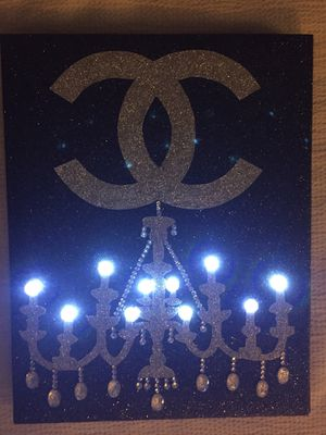 """Lighted chandelier picture, Crystal rhinestones and glitter picture, bling picture, Home Decor, gift. 9.1/4""""x12"""" for Sale in St. Louis, MO"""