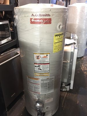 Water heaters ready to go 40 to 50 gallons for Sale in Inglewood, CA