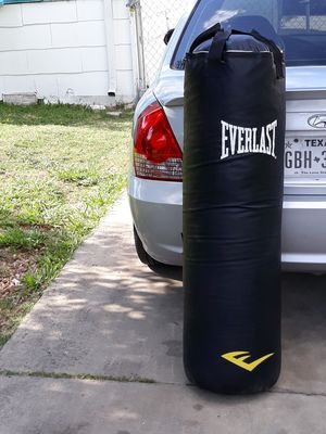 Punching bag with boxing gloves for Sale in San Antonio, TX