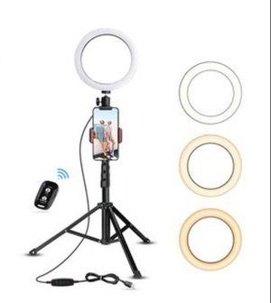"""8"""" selfie ring light &tripod for Sale in Hayward, CA"""