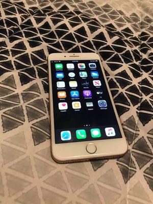 iPhone 8 for Sale in Kenosha, WI