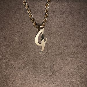 10k Gold Pendent for Sale in Fresno, CA