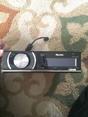 Pioneer radio aux/usd for Sale in Fairfax, VA