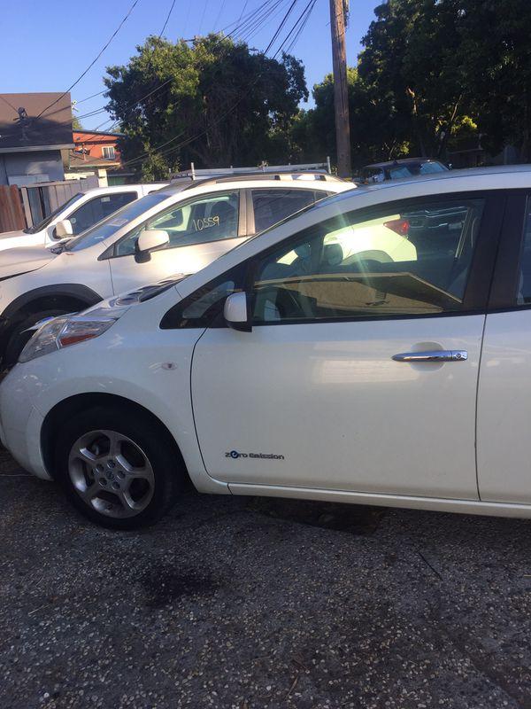 2011 Nissan Leaf electric car