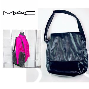 New Rare M.A.C. Cosmetics by Matt Murphy Pro Bag for Sale in Irving, TX