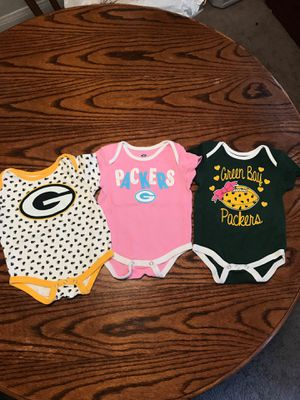 Baby girl Green Bay Packers Onesies 6/9 Months for Sale in Long Beach, CA