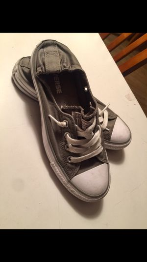 Converse all star size 7 for Sale in Phoenix, AZ