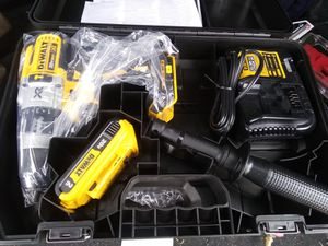 New DeWalt 20 v XR brushless 3 speed hammer drill kit for Sale in Dinuba, CA