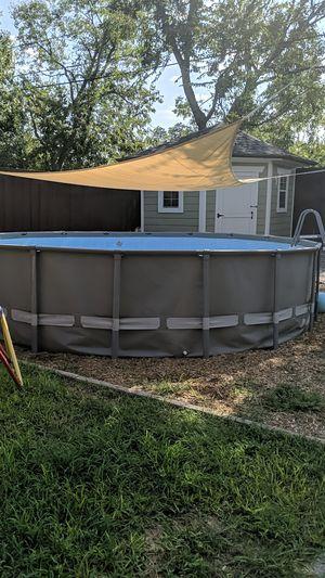 Intex Pool 18x18 - 4ft Deep for Sale in Dallas, TX