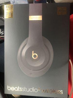 Studio3 Beats By Dr. Dre ( Shadow Grey ) for Sale in HOFFMAN EST, IL